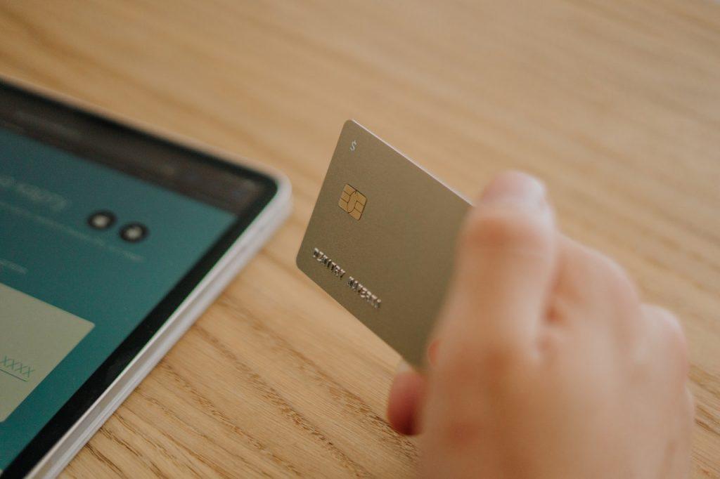 credit card tima miroshnichenko 4841739